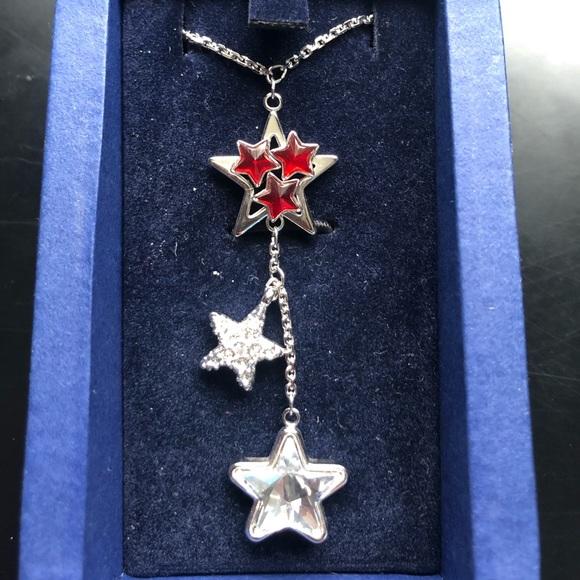 *SWAROVSKI* Triple star pendant necklace
